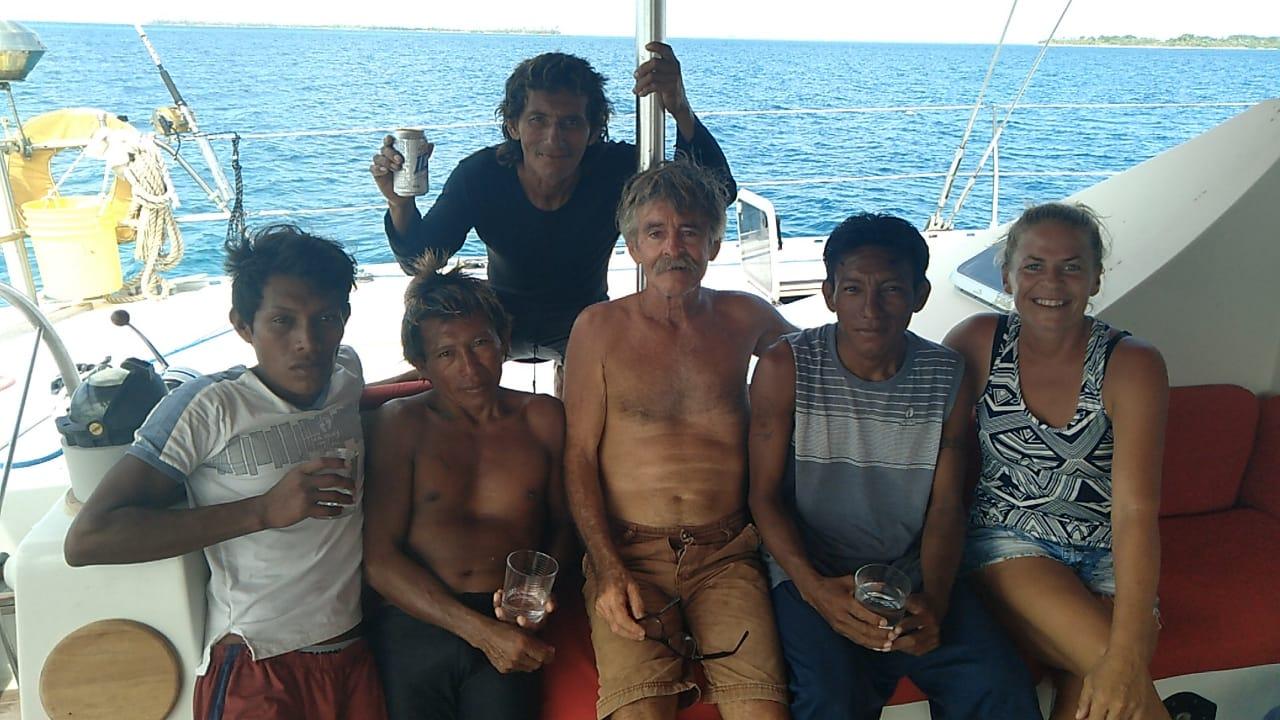 kuna people guna yala cruise lagoon 55 spartivento