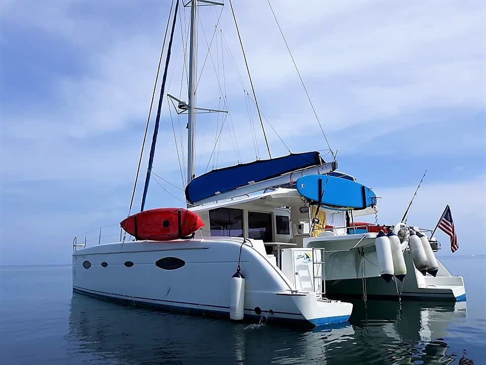 air conditioning charter boat to san blas Zenith